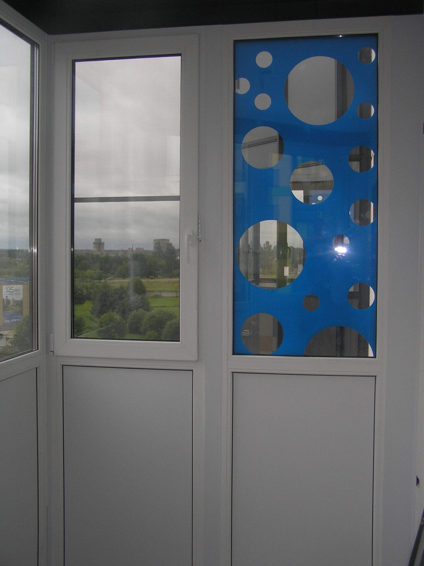 Рисунок на окнах пленка Oracal