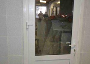 Дверь ПВХ наличник на клипсах